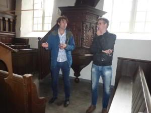 Architect Daniel van Huizen (Holstein) en bouwkundige Christiaan Velvis (SOGK)